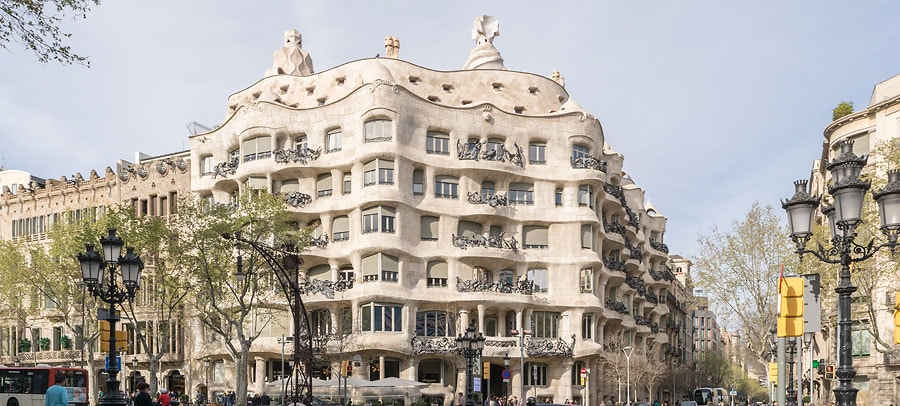 Die Casa Milà von Antoni Gaudí.